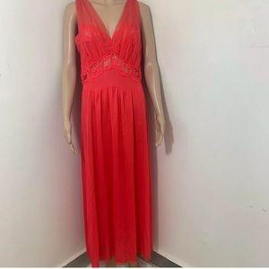 Vintage Radcliffe Nylon Nightgown Gown Sz 36 M